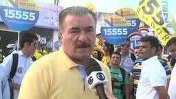Cícero Almeida visita bairro do Feitosa, em Maceió