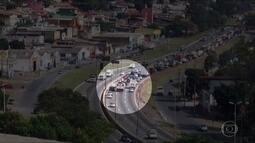 Acidente entre veículos complica trânsito no Anel Rodoviário de Belo Horizonte
