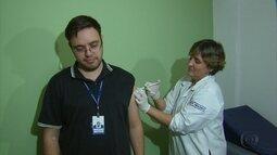 Vacina experimental contra a dengue começa a ser aplicada no Recife