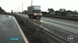 Blitz educativa alerta sobre obrigatoriedade do uso do farol em rodovias de Goiás