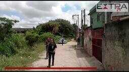 Polícia faz perícia em bar em São Gonçalo onde aconteceu um estupro coletivo
