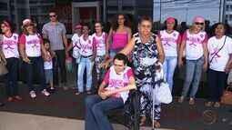 Pacientes em tratamento contra o câncer fazem protesto