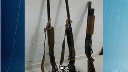 Quatro pessoas são presas após denúncia de vendas de armas em Unaí