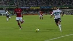 Melhores momentos: Coritiba 0 x 1 Vitória pela 37ª rodada do Brasileirão