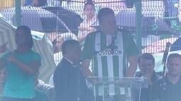 Prefeito de Chapecó veste camisa do Atlético Nacional e agradece à Colômbia