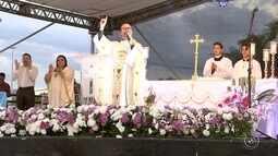 Missa campal reúne fiéis no Parque das Águas em Sorocaba