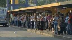 Paralisação dos ônibus em Campo Grande causa transtornos a 60 mil usuários