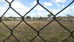 Moradores denunciam situação de abandono de Vila Olímpica