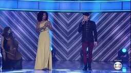 Dan Costa e Kassia Marvila cantam 'Quem de Nós Dois (La Mia Storia Tra Le Dita)'