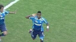 O gol de Santos 0 x 1 Avaí pela Copa São Paulo de futebol júnior