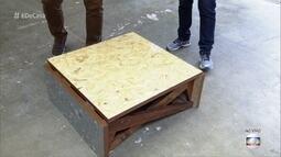 Estudantes criam mesa de centro que vira mesa de jantar