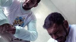 Os irmãos Minotauro e Minotouro recriam vídeo da formiga