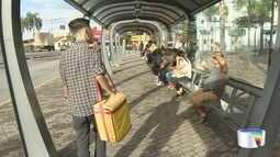 Jovem de Jacareí vende 'geladinho' para bancar estudos