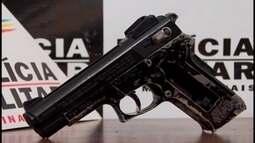 PM prende jovens com réplica de arma em Divinópolis