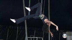 Aulas de circo ajudam a manter a forma de forma divertida para o verão