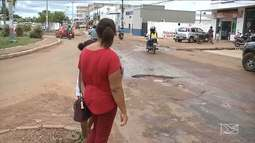 Moradores reclamam de buracos em Balsas
