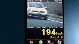 Motorista é flagrado a 194 km/h na BR-060 em Goiás