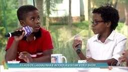 Filhos de Laranjinha e Acerola em 'Cidade dos Homens' visitam 'Vídeo Show'
