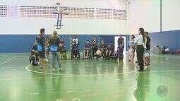 Conheça o 'Power Soccer', futebol adaptado para cadeirantes em São Carlos, SP