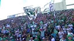Jogo entre Chapecoense e Palmeiras é paralisado aos 71 minutos para homenagem