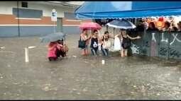 Depois de 14 dias de tempo seco, chove na Região Metropolitana