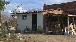 Bandidos invadem casa de duas idosas em Pocinhos