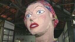 'Bonecões' são atrações do Carnaval em Ilha Comprida