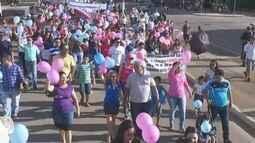 Manifestação por causa de livros didáticos é realizada em Ariquemes