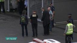 Alemão que 'morou' no Aeroporto de SP e agredia passageiros é deportado