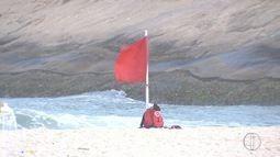 Triatleta de Nova Friburgo, RJ, desaparece no mar durante prova no RJ