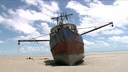 Capitania dos Portos investiga origem de embarcação a deriva, em São Luis
