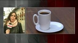 Estudo sugere que levar caneca de café de casa pode diminuir produção de lixo
