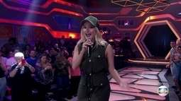 Claudia Leitte anima plateia na final