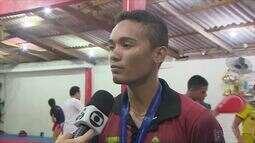 Venilton Teixeira conquista a medalha de ouro no Brasileiro Universitário de Taekwondo