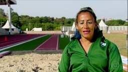 Tricampeã paralímpica, corredora Terezinha Guihermina recomeça no salto em distância