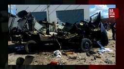 Bandidos explodem dois carros-fortes e danificam hospital e rede de energia, em Petrolina