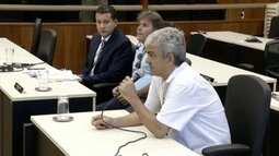 Ex-diretor do SAAE depõe na Câmara de Governador Valadares durante processo de cassação