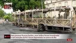Vandalismo em protestos deixa feridos e ônibus depredados no Centro do Rio