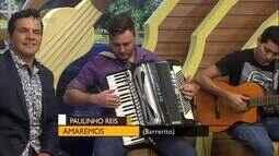 """No palco do É Bem Mato Grosso """"Amaremos"""" na voz de Paulinho Reis"""
