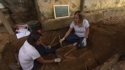 Trabalho de restauração de cadetral revela surpresas em Mariana