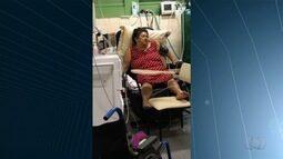 Famílias de dois idosos pedem tratamento adequado na rede pública, em Goiânia