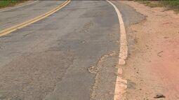 Estrada que liga Colatina a Pancas, no ES, fica prejudicada por causa da chuva