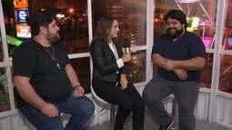 Laisa Grisi conversa com artistas antes das apresentações no Parque do Povo - bloco 2