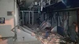 Criminosos armados explodem banco em Salinas e trocam tiros com policiais militares