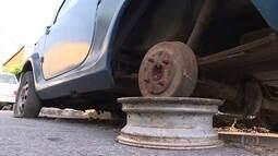 Carros abandonados podem servir de focos para Aedes aegypti em Belo Horizonte