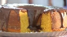 Aprenda a fazer um delicioso bolo com abóbora cabotiã