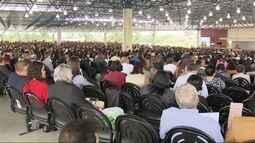 Testemunhas de Jeová se reúnem em congresso anual