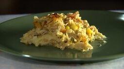 Confira uma deliciosa receita de torta de frango com massa de mandioca