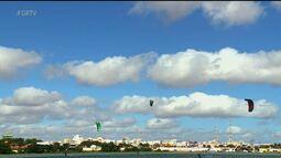Ventos fortes na região impulsionam prática do Kitesurf em Petrolina