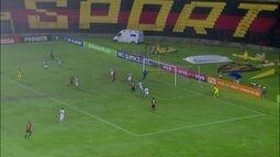 Sport goleia lanterna da Série A e volta à zona de classificação para a Libertadores